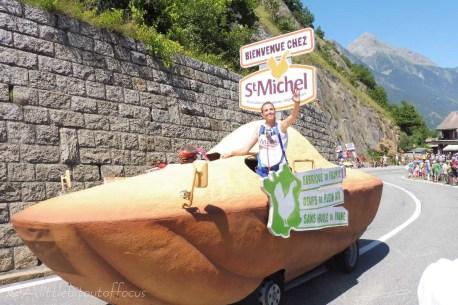 12 St Michel float
