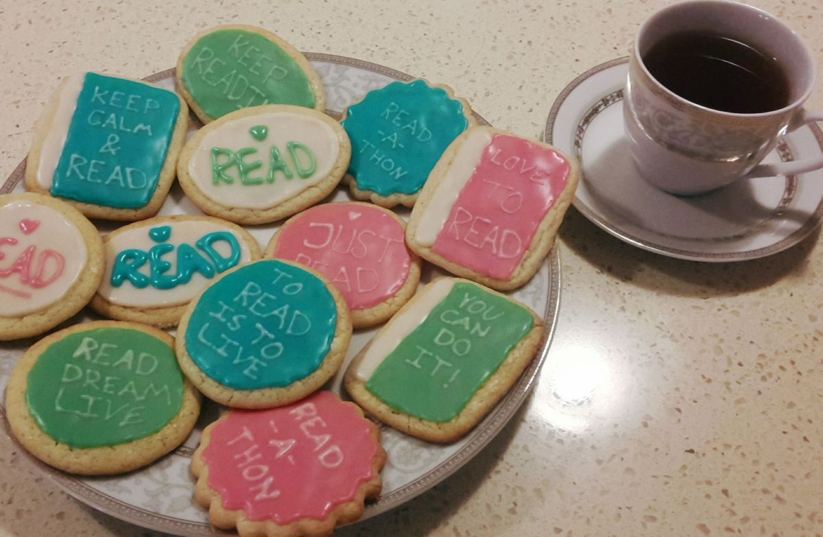 DIY Friday – Bookish Cookies