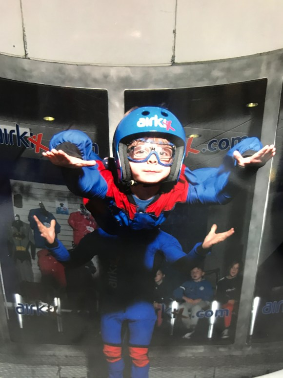 Airkix skydiving