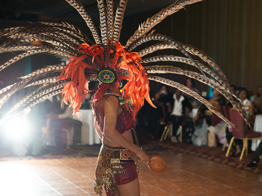 Milwaukee Aztec Dancers Aliza Rae Photography