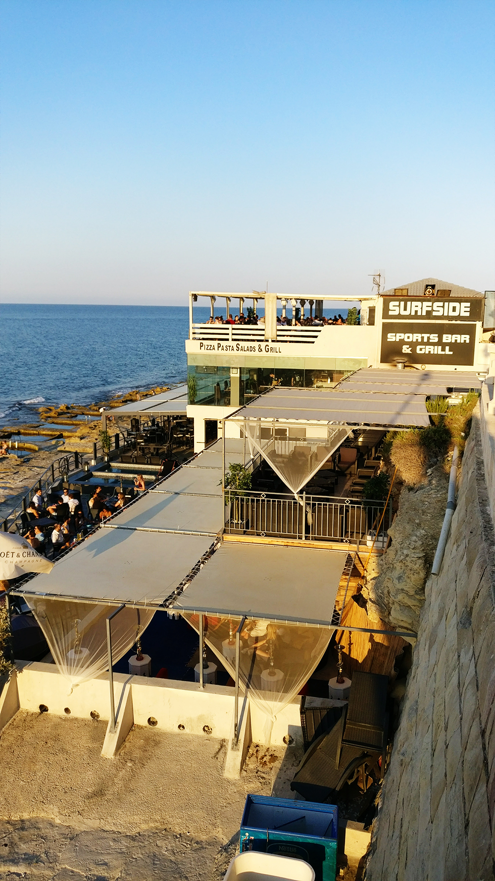 Dinner and sunset at Sliema, Surfside bar - Drinking and eating in Malta