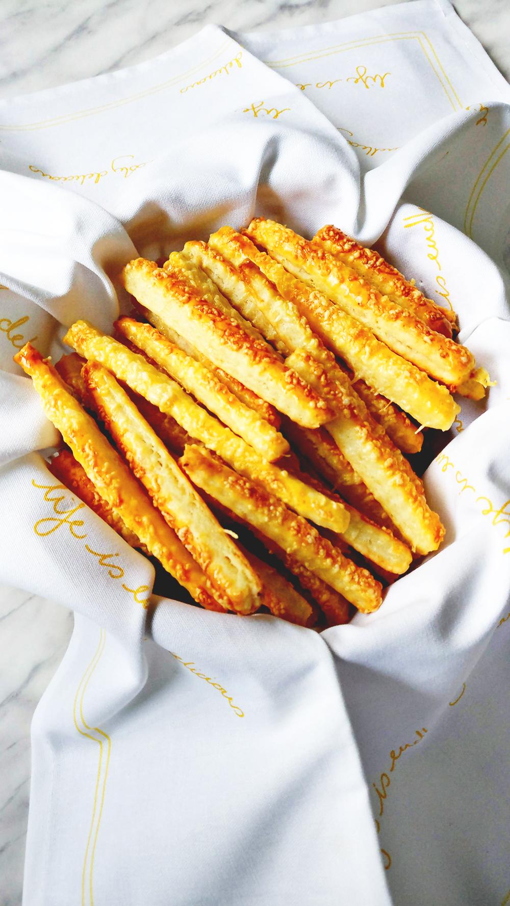 Cheesy salty sticks from 5 ingredients | Aliz's Wonderland #recipe #snack #saltystick