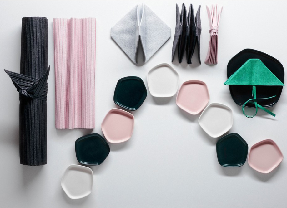 Iittala X Issey Miyake -Small-Plate | Millennial pink ideas for your perfect home