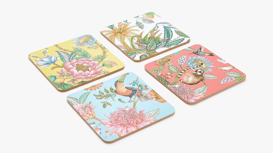 Tropical printed coasters by Zara Home - Tropical kitchen - Transform your home into a tropical paradise | Aliz's Wonderland