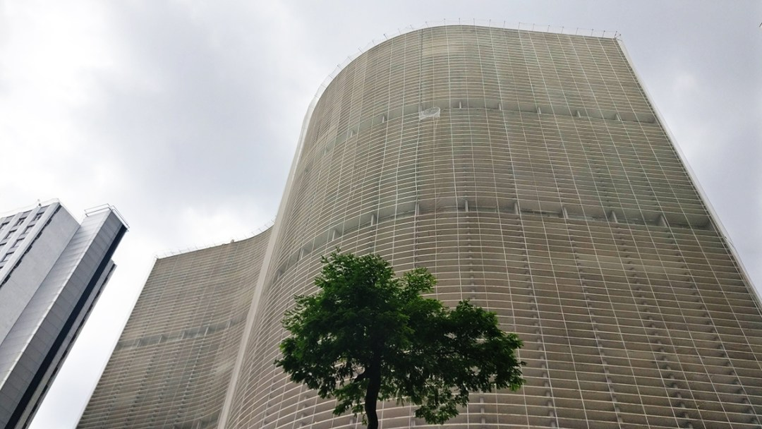 Edifício Copan by Oscar Niemeyer - Historic skyscrapers in São Paulo - 10 things to do and see in São Paulo | Aliz's Wonderland