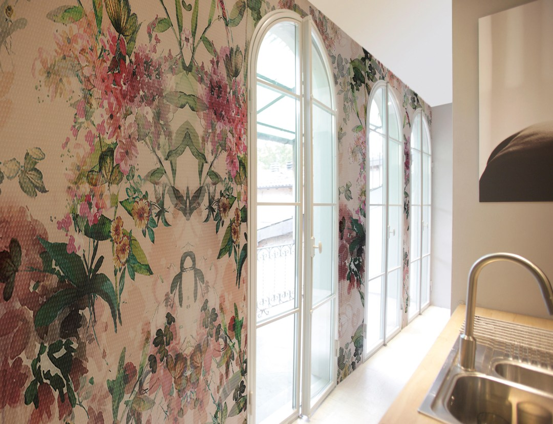 Glamora's design, White kusa wallpaper - How to give life to your interior with floral pattern? | Aliz's Wonderland