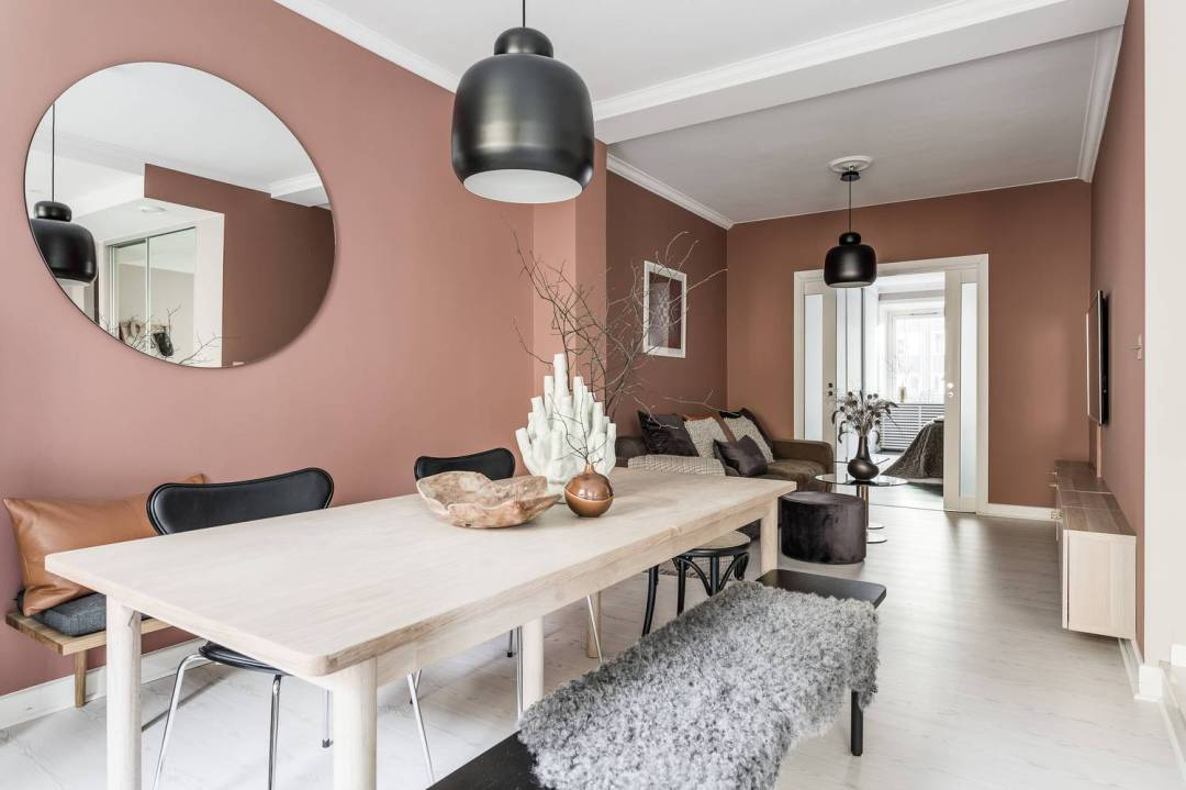 Elegant pink dining room - Warm up your home with pink wall colour | Aliz's Wonderland