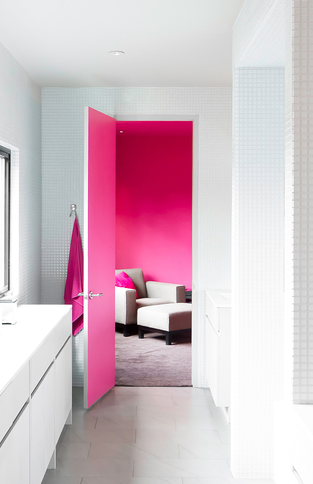 Vivid pink living room - Warm up your home with pink wall colour | Aliz's Wonderland