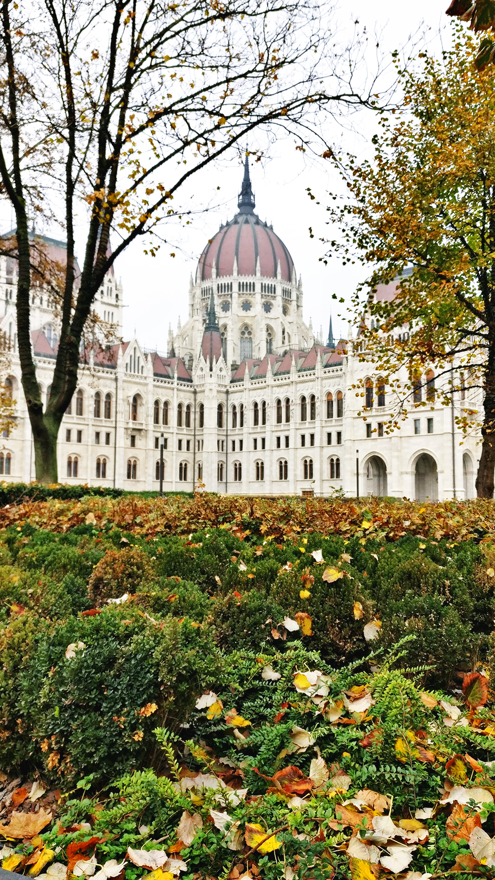 Visiting Budapest in autumn - A first-timer's guide to Budapest - Things to know about visiting Budapest, Hungary | Aliz's Wonderland #Budapest #Hungary #travel #travelguide #Budapestguide