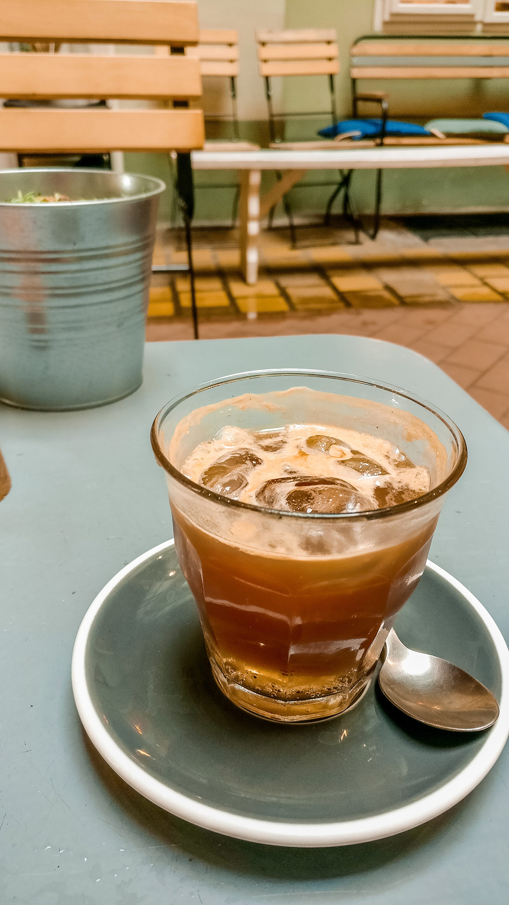Espresso tonic at Fekete Coffee & Food - Where to drink the best specialty coffee in Budapest, Hungary? | Aliz's Wonderland