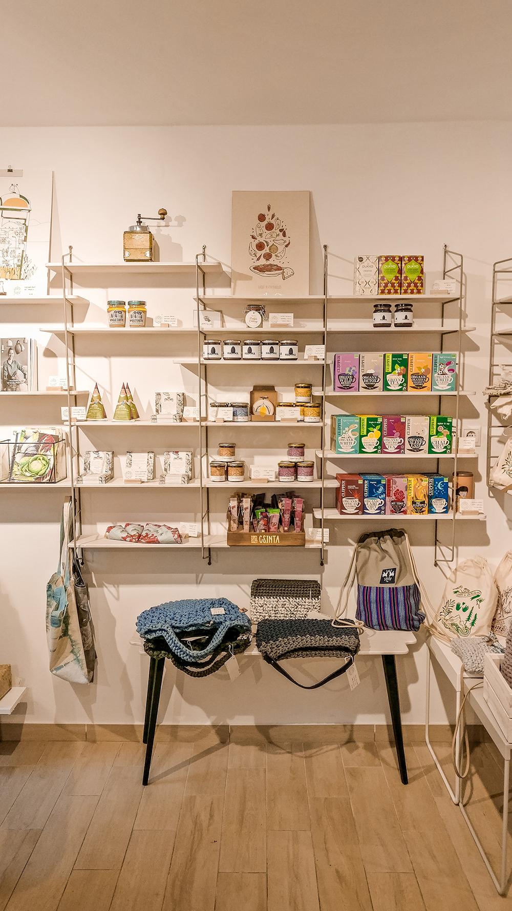 Delicacies in Prezent Shop - Budapest design shop guide to best Hungarian souvenirs | Aliz's Wonderland