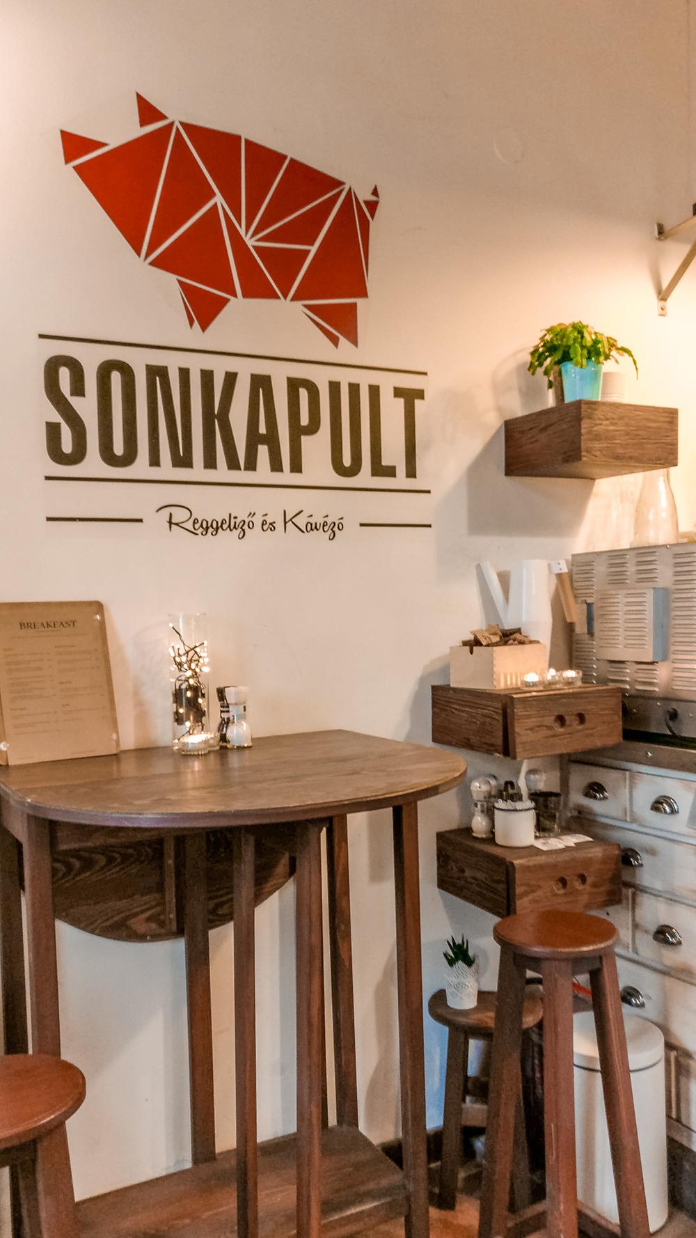 Sonkapult - Budapest's best breakfast & brunch places in the centre - Deák Ferenc square and Astoria | Aliz's Wonderland