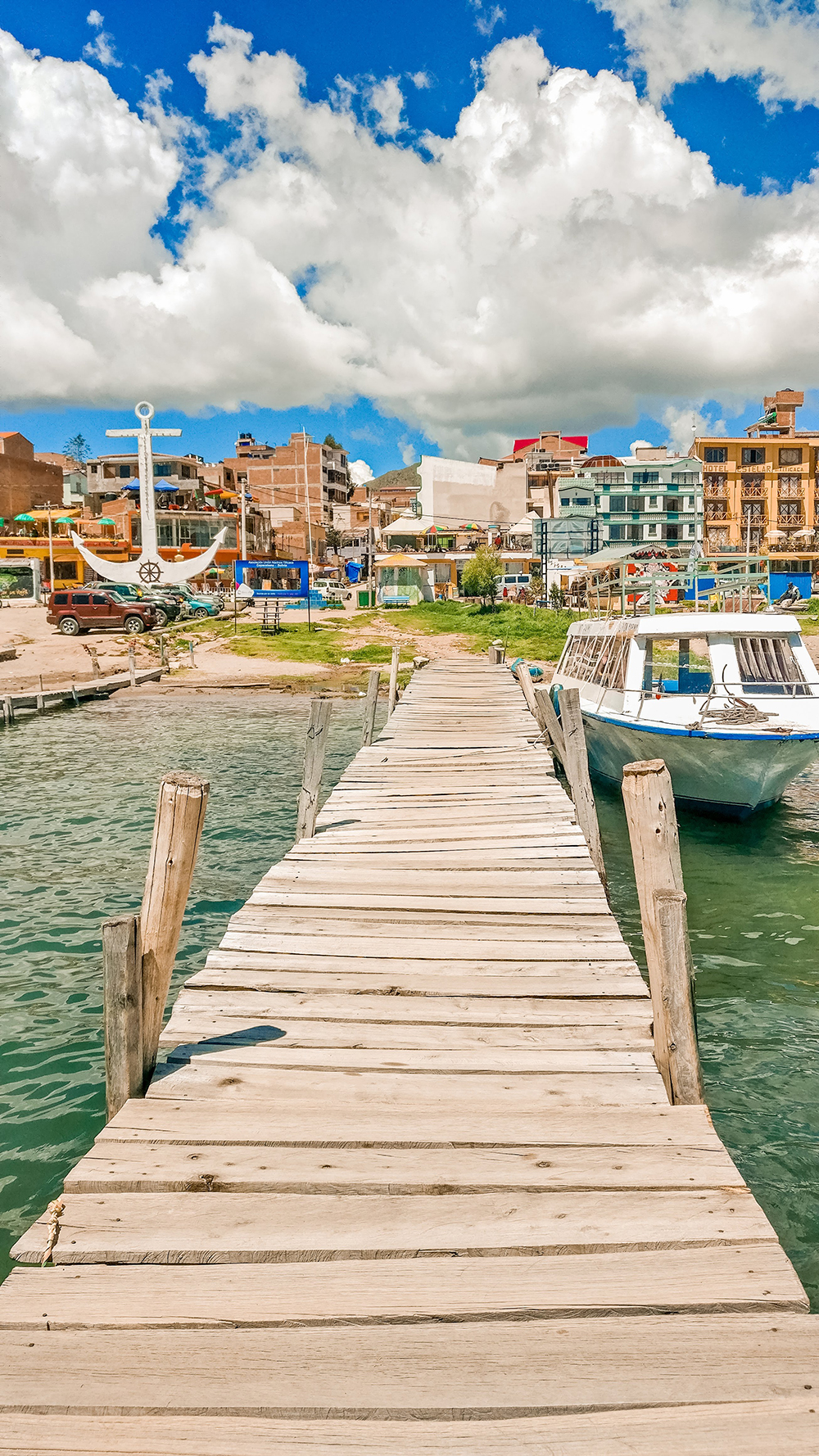 The shore of Lake Titicaca - 6 reasons to add Copacabana and Lake Titicaca to your Bolivian itinerary | Aliz's Wonderland