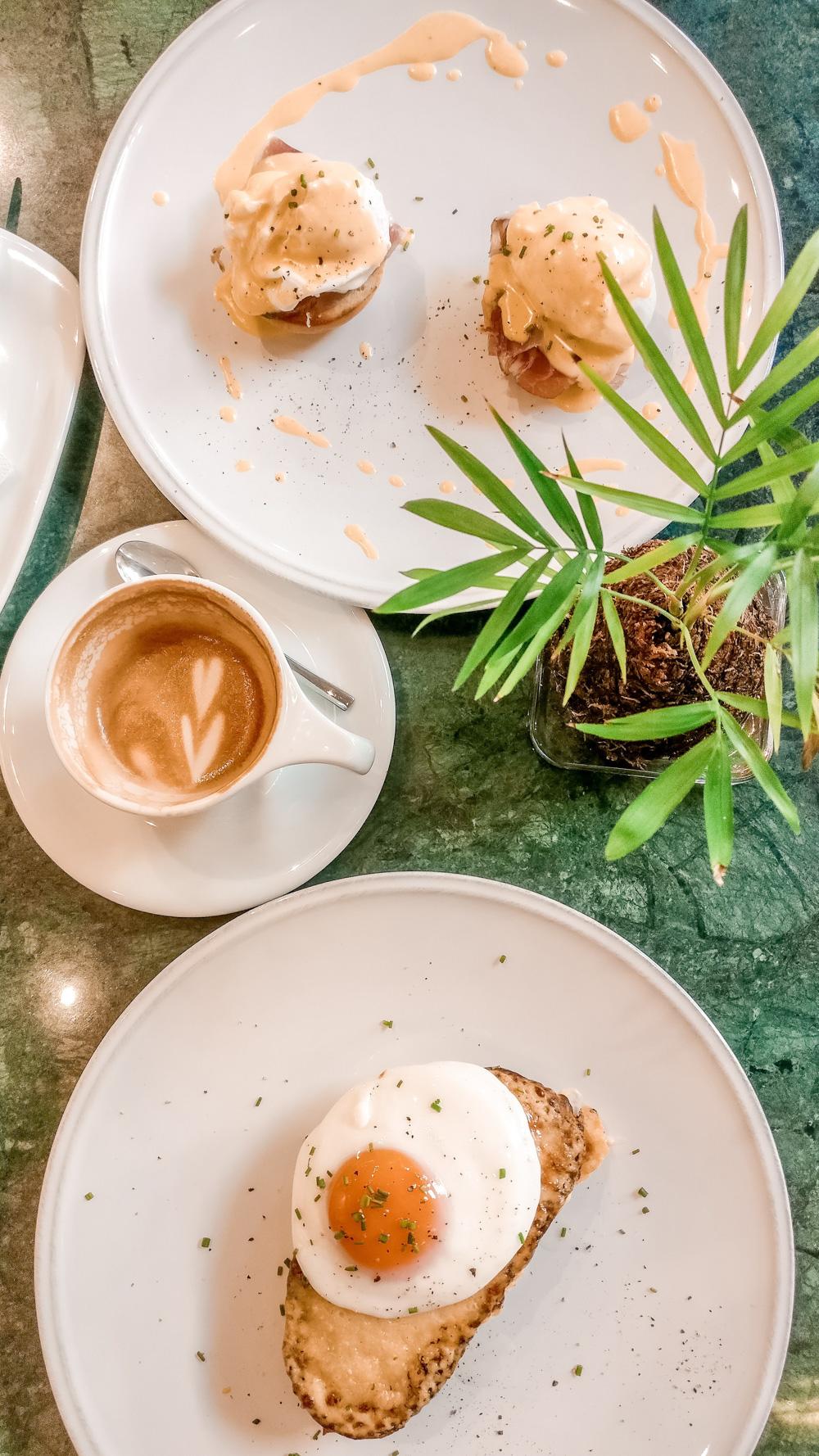 SixLetter Coffee Co. - Budapest's best breakfast & brunch places close to the Parliament | Aliz's Wonderland