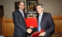 المغرب والبنك الأوروبي للاستثمار يوقعان اتفاقية قرض بقيمة 1,65 مليار درهم لتمويل برنامج عصرنة الشبكة الطرقية