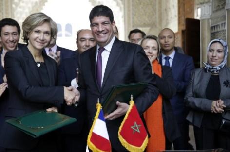 الباكوري وبيكريس يوقعان اتفاقية شراكة بين البيضاء/سطات وإيل دو فرانس