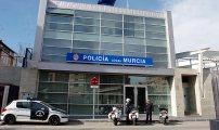 الشرطة الإسبانية تعتقل أبوين مغربيين يجبران ابنتهما القاصر على اتباع تعاليم الشريعة الإسلامية
