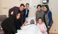 صاحب الجلالة الملك محمد السادس يجري عملية جراحية على مستوى القلب تكللت و لله الحمد بالنجاح.