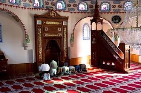 افتتاح المساجد في بلجيكا يوم الإثنين المقبل
