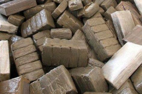 برشيد…شرطة البيضاء تقتحم نفود درك سيدي رحال وتحجز حوالي نصف طن من مخدر الشيرا