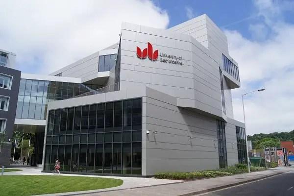 La première université britannique qui acceptent le plus d'étudiants étrangers
