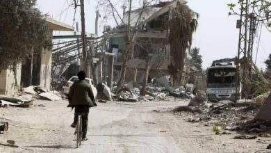 Photo of محافظ ريف دمشق: لم تتوقف عملية منح تعويض أضرار المنازل على المواطنين