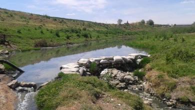 "Photo of ""كارثة محتملة"" نتيجة المياه الملوثة الداخلة من تركيا إلى مدينة رأس العين بريف الحسكة"