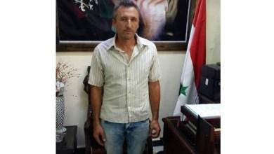Photo of عامل في مشفى مصياف الوطني يعثر على مبلغ مالي ويعيده إلى اصحابه.