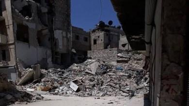 """Photo of """"البق"""" يرسم لوحات فنية على الحيطان بحي الكلاسة في حلب .. والأنقاض """"حدث ولا حرج"""""""