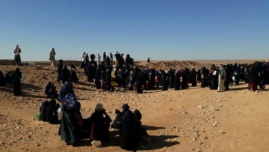 Photo of وجهاء مخيم الركبان يجتمعون مع ممثلي الحكومة السورية لتسويّة أوضاعهم