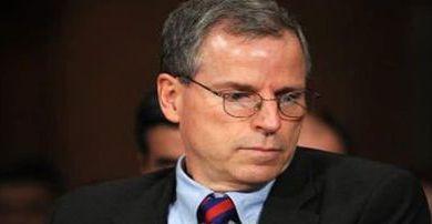 Photo of السفير الأمريكي السابق في سوريا يحمّل أمريكا مسؤولية معاناة السوريين