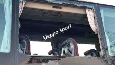 Photo of أنصار نادي الوحدة يعتدون بالحجارة على حافلة فريق الاتحاد في دمشق