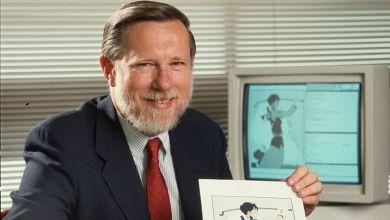 "Photo of وفاة مؤسس شركة ""أدوبي"" ومطور برنامج ""فوتوشوب"" تشارلز غيشكي"