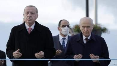 Photo of حليف أردوغان يهاجم اللاجئين السوريين