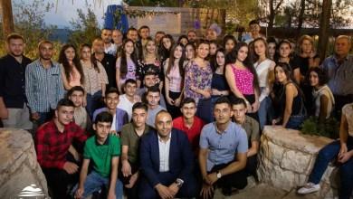 """Photo of انطلاقاً من المسؤولية الاجتماعية.. منتجع """"نسمة جبل"""" يكرّم عدداً من الطلاب المتفوقين"""
