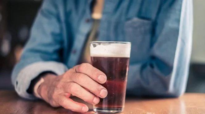 Как действует но-шпа при отравлении алкоголем. Как но-шпа помогает при похмелье и ее совместимость с алкоголем Но шпа от головной боли с похмелья