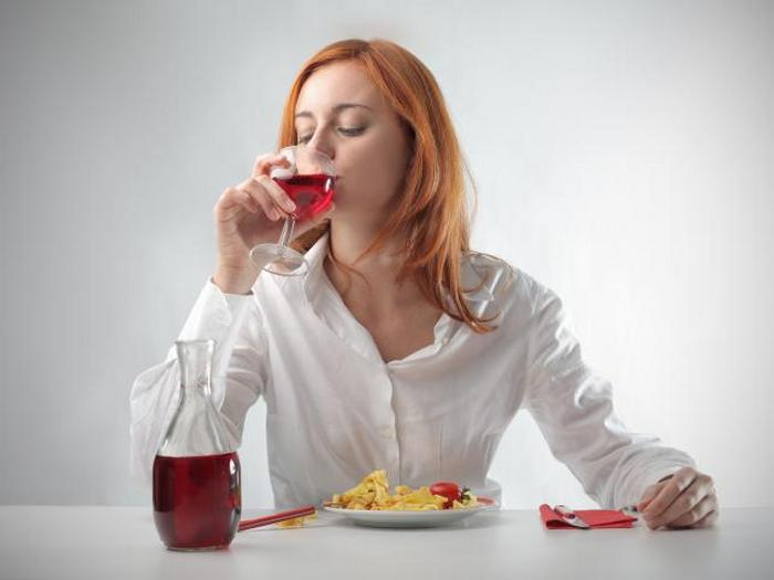 Толстеют или худеют от алкоголя и можно ли поправиться от водки или вина