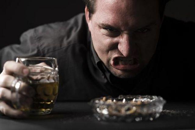 Причины алкогольной агрессии