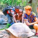 ザンジバル、親を亡くした少年たちとの物語~笑顔で世界をひとつに~