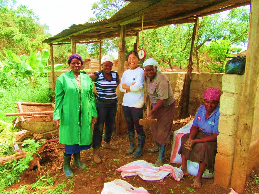 女子大生がケニアで畑仕事?波乱万丈、ケニア寮生活大公開!