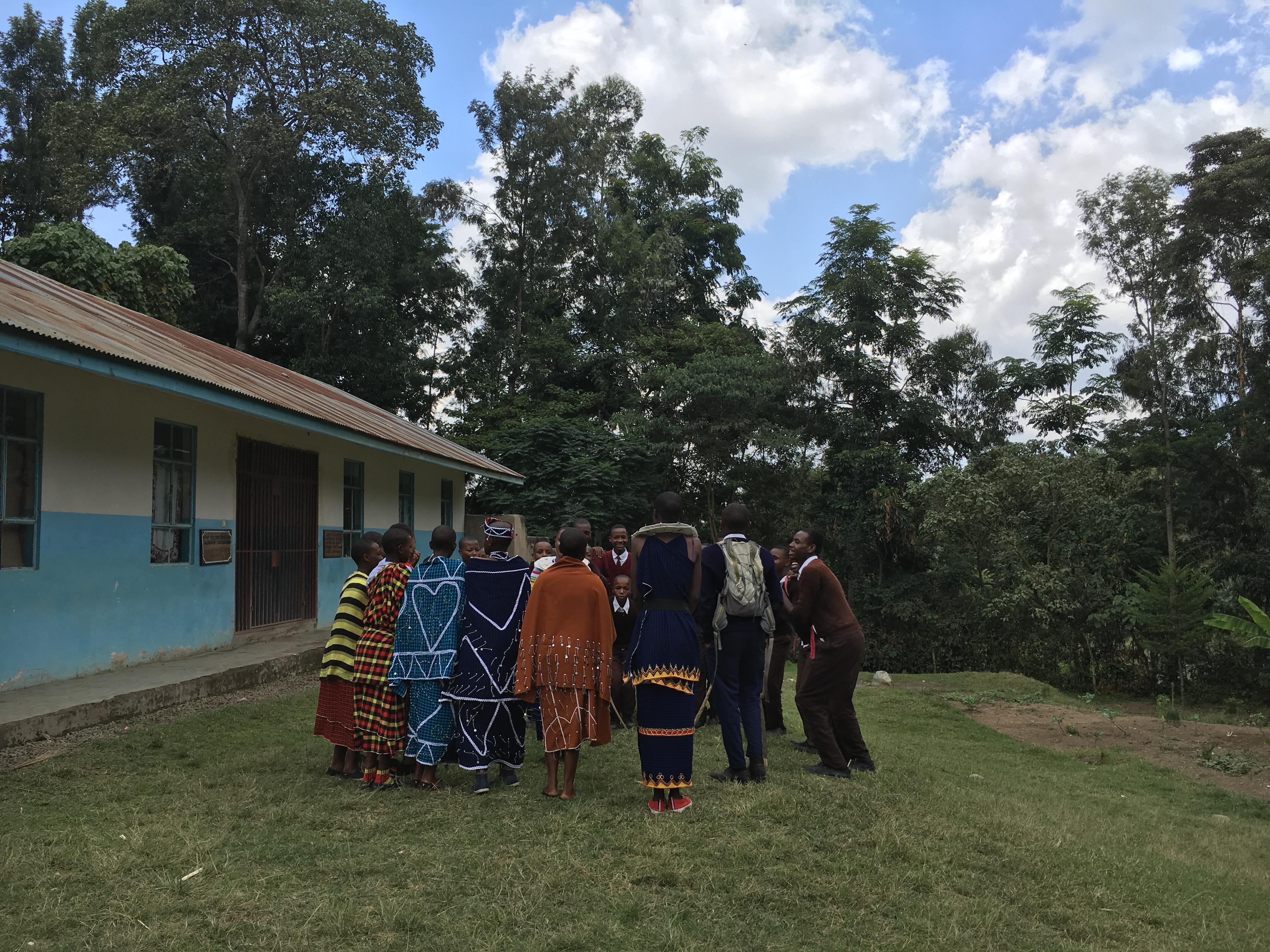 マサイ族の村でキャンプ!タンザニアで考えさせられた「命の重み」