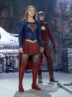 Worlds collide as Supergirl meets The Flash!