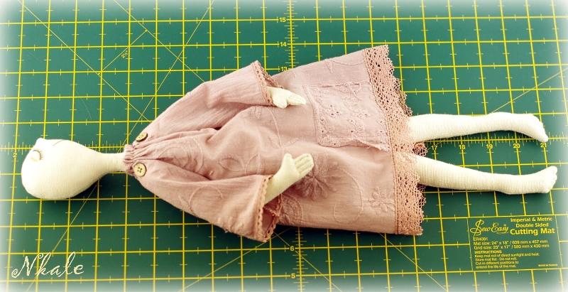 Шьем кукле платье