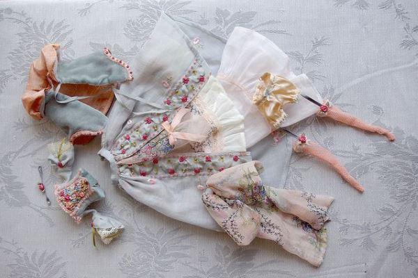 Кукольные платья от Frédérique