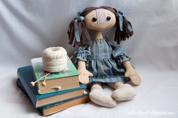 тряпичная простая кукла