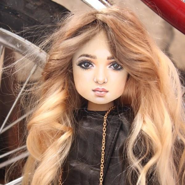 Portreit doll