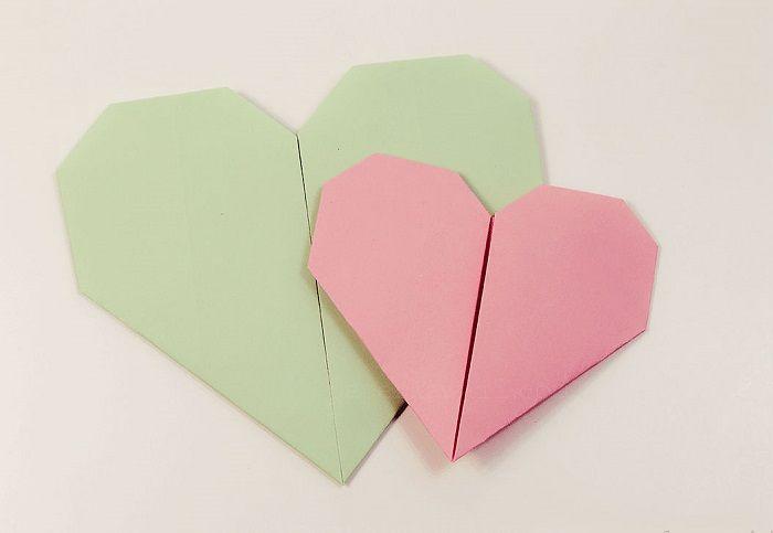 Καρδιές origami από χαρτί