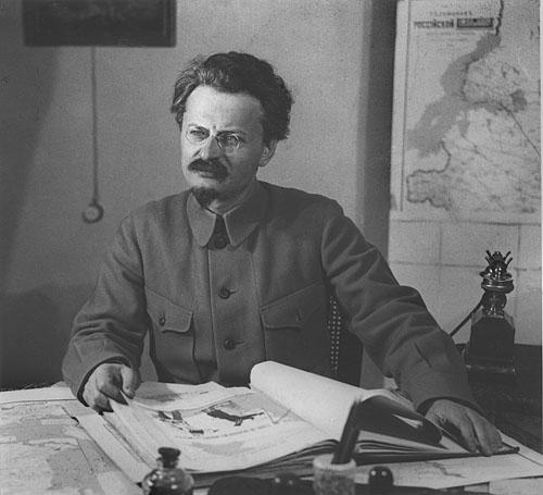 Иосиф СталинquotЯ ПонимаюЧто Выгляжу Монстромquot