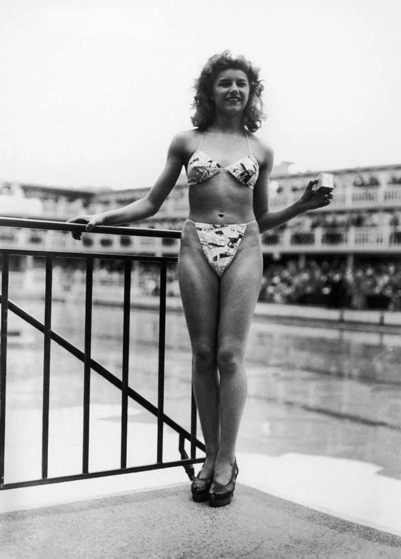 Il primo bikini del mondo