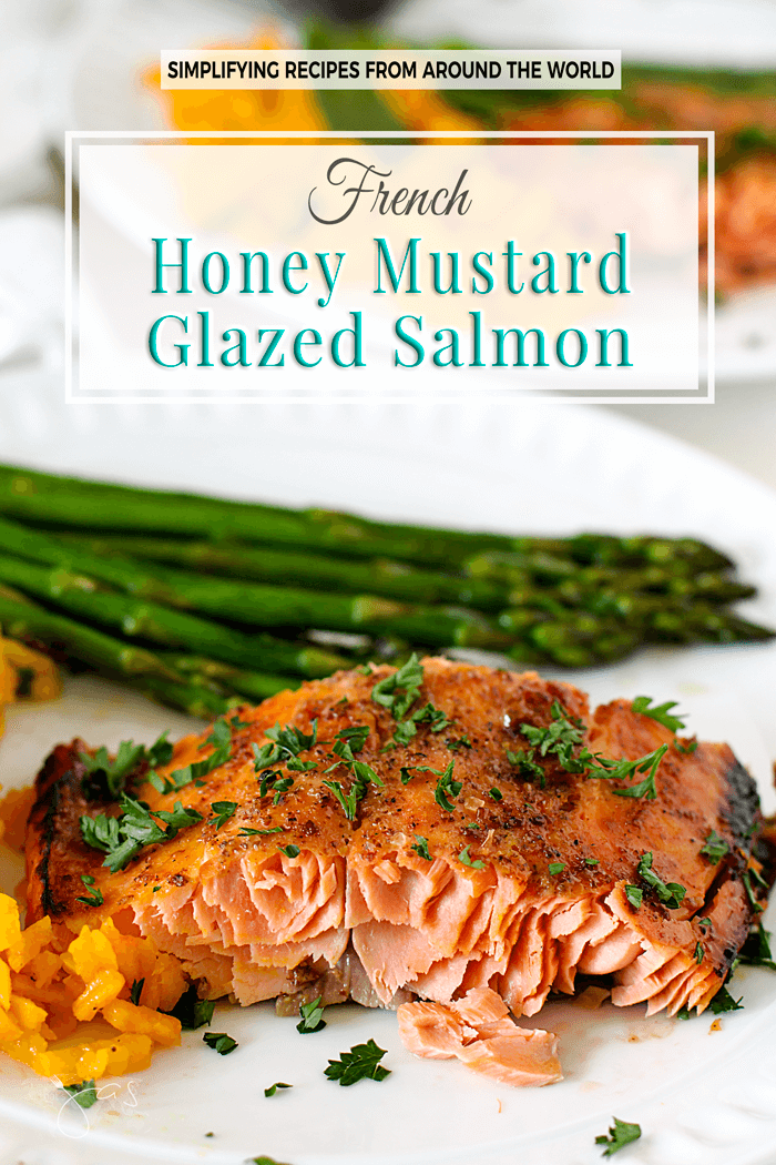 This French recipe for honey mustard glazed salmon filet requires only four ingredients and you'll have a delicious dinner on the table in under 30 minutes. | allthatsjas.com | #salmon #fish #seafood #dinner #recipe #quick #easy #honey #mustard #french #foodphotography